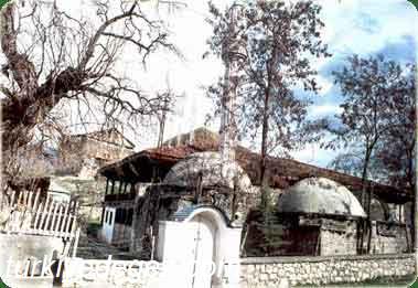 İskenderpaşa Camii ve Türbeleri