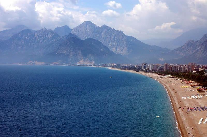 Konyaaltı Plajı ve Beachpark