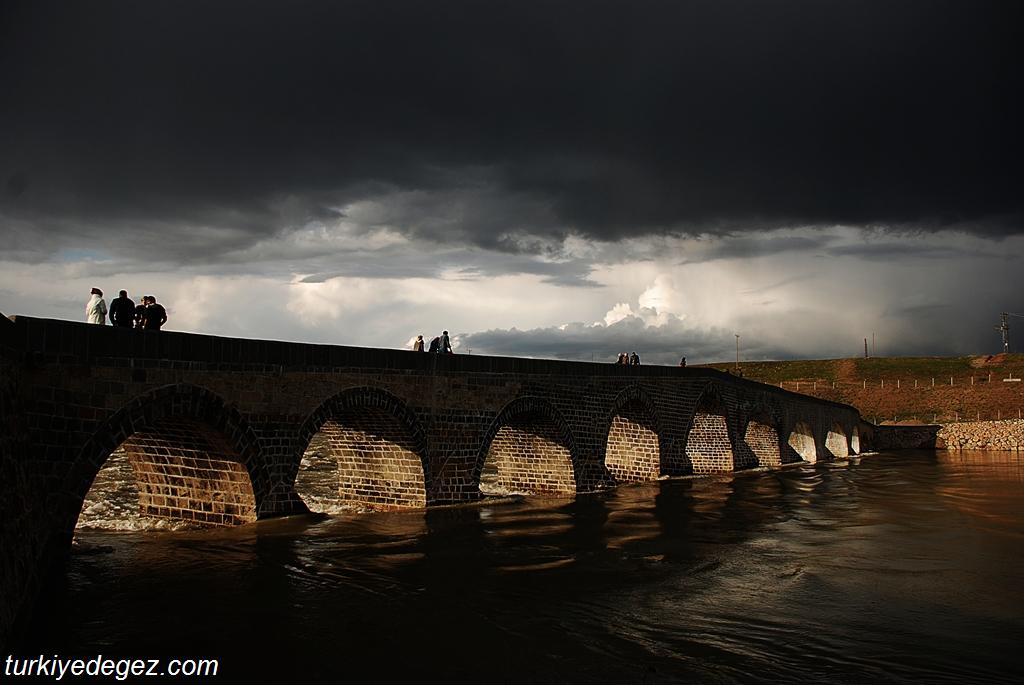 Muratpaşa Köprüsü