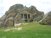Beşdut Kaya Mezarları