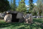 Dolmenler – Menhirler (Taş Mezarlar)