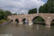 Ak Köprü